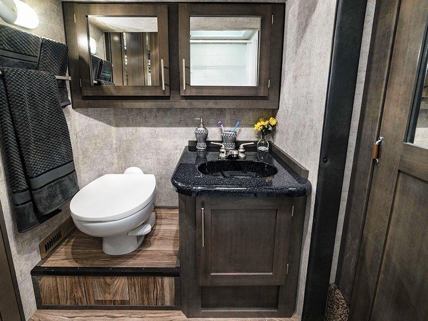 campers have bathrooms